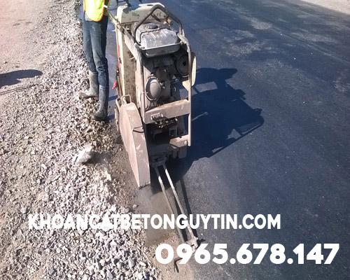 Khoan cắt đường bê tông ở Huyện Phú Xuyên